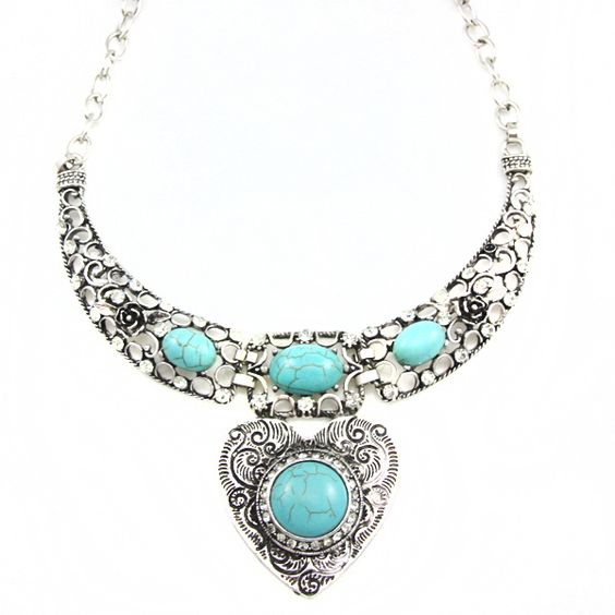 Giovi Turquoise Necklace