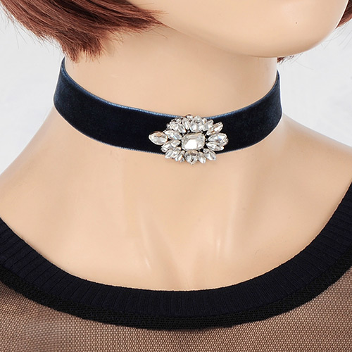Martha Choker Necklace