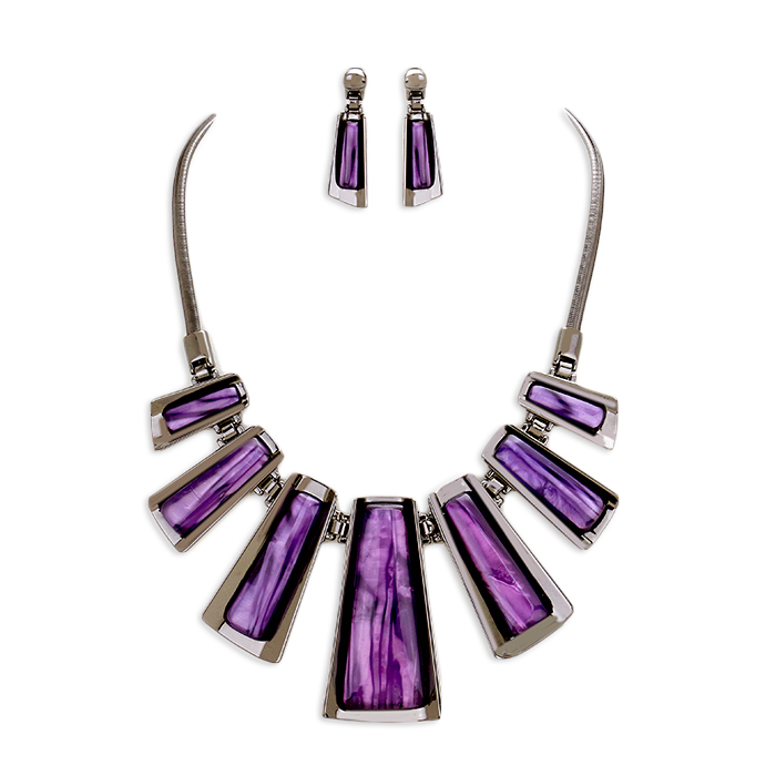 Liv Stone Necklace Set.