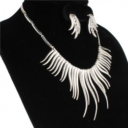 Damia Crescent Necklace Set III