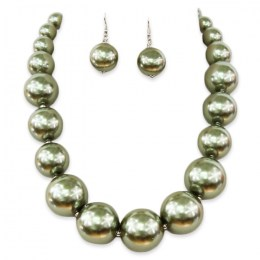 Luisa Pearl Necklace Set