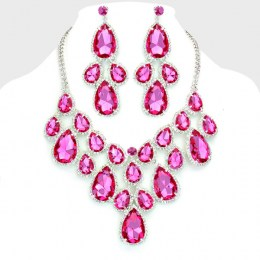 Canuma Crystal Necklace Set