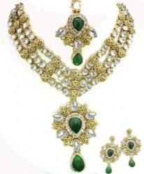 Aradhya Indian Necklace Set