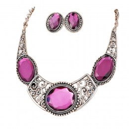 Svea Crescent Necklace Set