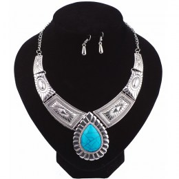 Greta Turquoise Necklace Set
