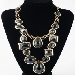 Cleo Black Beauty Fashion Necklace 3.