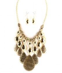 Camila Bib Necklace Set