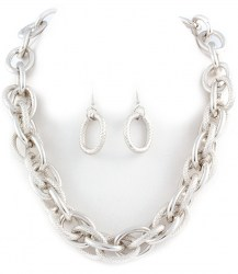 Suki Chain Link Necklace Set