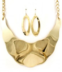 Brenda Crescent Necklace Set