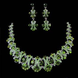 Sabina Crystal Necklace Set