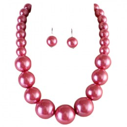 Megan Pearl Necklace Set