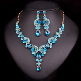 Darcelle Crystal Necklace Set