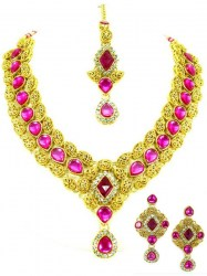 Ishwari Indian Necklace Set