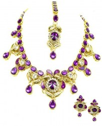 Pavitra Indian Necklace Set