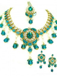 Tamira Indian Necklace Set