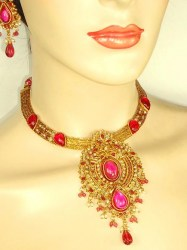 Jaina Indian Necklace Set