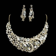 Layla Crystal Necklace Set 1