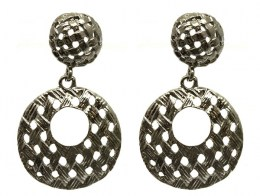 Metal_Earrings_525458f4e0895