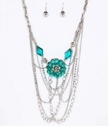 Maria Bib Necklace Set