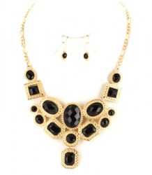 Lynn Stone Necklace Set