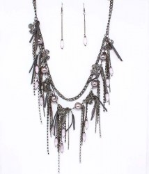 Jordan Bib Necklace Set