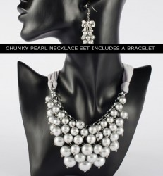 Andrina Pearl Necklace Set