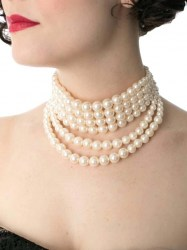 Evette Pearl Necklace Set III