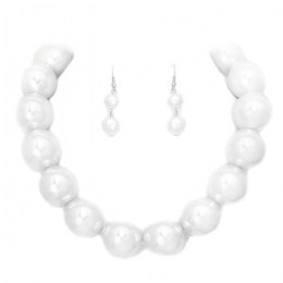 Mira Faux Pearl Necklace Set.