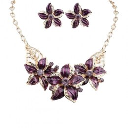 Violante Bib Necklace Set