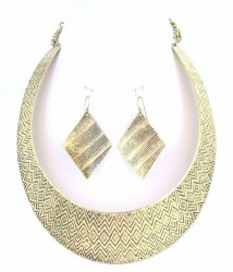 Gwen Collar Necklace Set