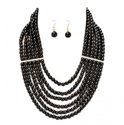 Alicia Faux Pearl Necklace Set.