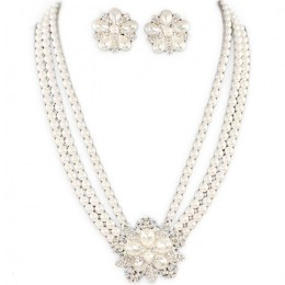 Francina Pearl Necklace Set