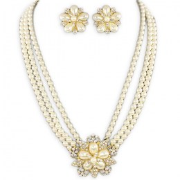 Clementina Pearl Necklace Set