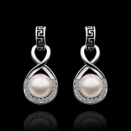 Lexie Faux Pearl Earrings 2