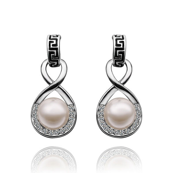 Lexie Faux Pearl Earrings 1